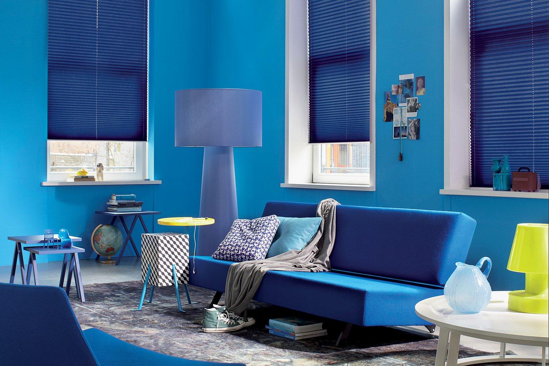 jalousa rollos plissees jalousien und andere sonnenschutztechnik. Black Bedroom Furniture Sets. Home Design Ideas